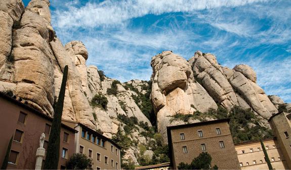 Montserrat, i pinnacoli che sfiorano il cielo